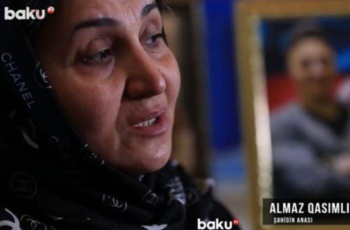 Yaralı halda şəhid daşıyan Muxtar Qasımlı — VİDEO