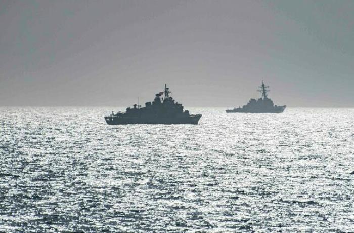 Xəzər donanmasının 15 gəmisi Krıma gəldi