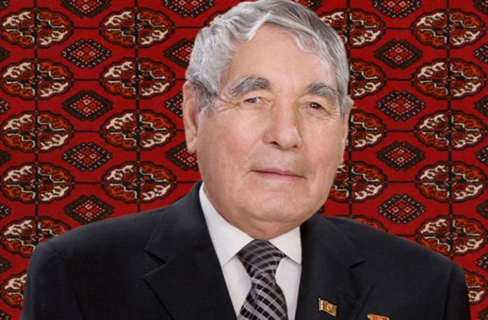 Türkmənistan Prezidentinin atası vəfat etdi