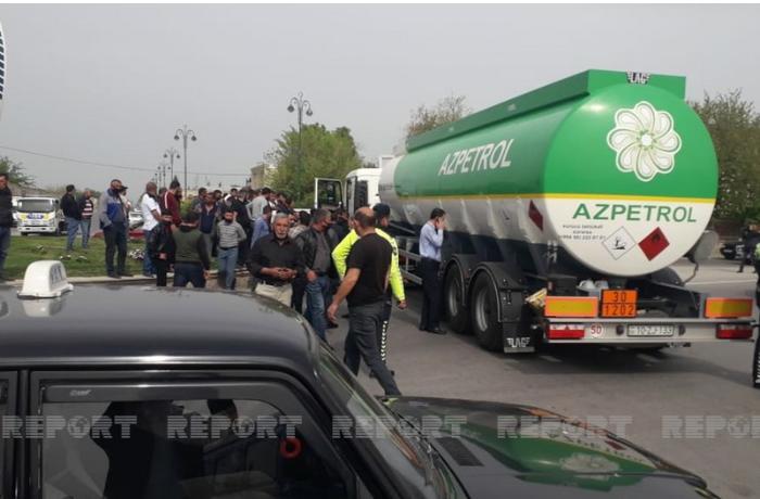 """""""Azpetrol""""un yanacaq daşıyan maşını piyadanı vuraraq öldürdü — FOTOLAR"""