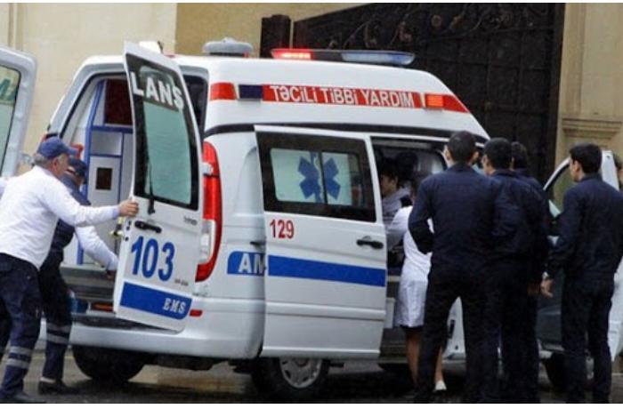 Bakıda avtobusla minik avtomobili toqquşdu: Yaralanan var