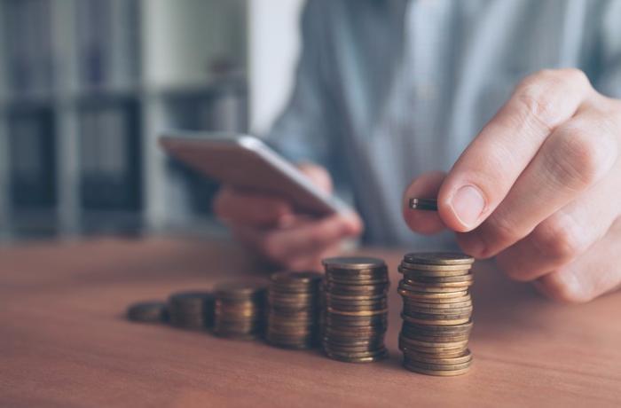 Azərbaycan banklarına qoyulan depozitlər illik müqayisədə 6 % artıb
