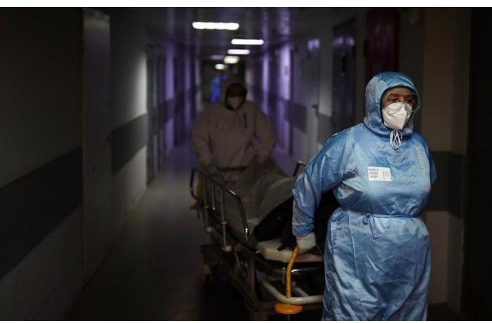 Ukraynada son sutkada koronavirusa 15 min nəfər yoluxdu