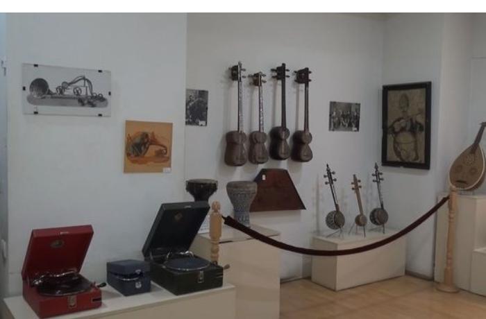 Azərbaycan musiqi alətləri Tbilisi muzeyində — VİDEO