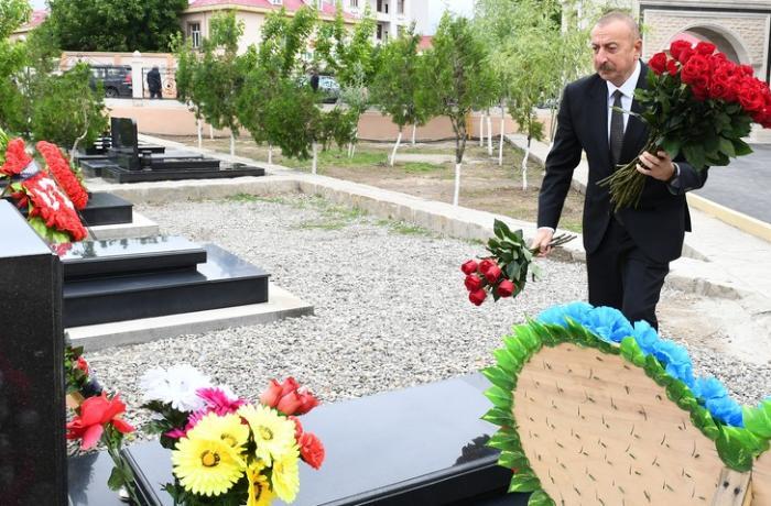 Prezident Naxçıvanda Vətən müharibəsi şəhidlərinin məzarlarını ziyarət etdi — FOTOLAR