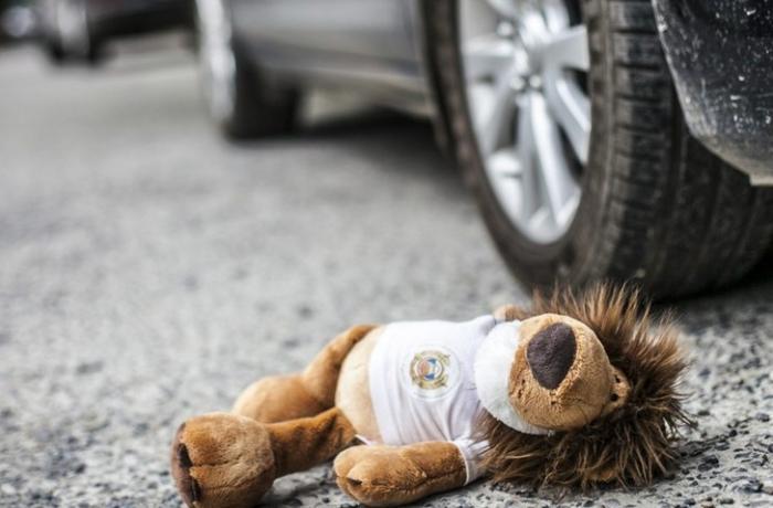 Masallıda avtomobil 5 yaşlı uşağı vurdu