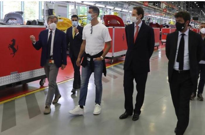 Ronaldo özünə yeni avtomobil sifariş etdi — FOTO