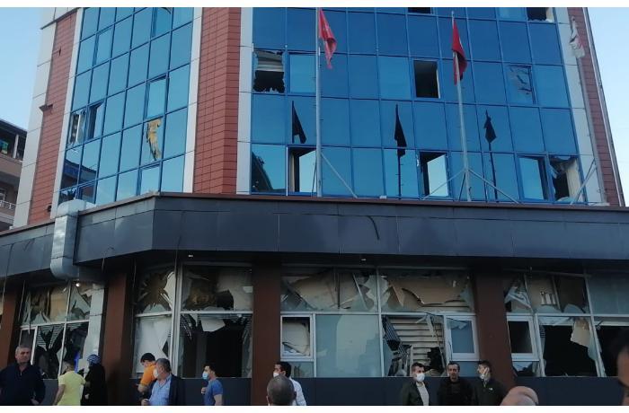 İstanbulda güclü partlayış baş verdi