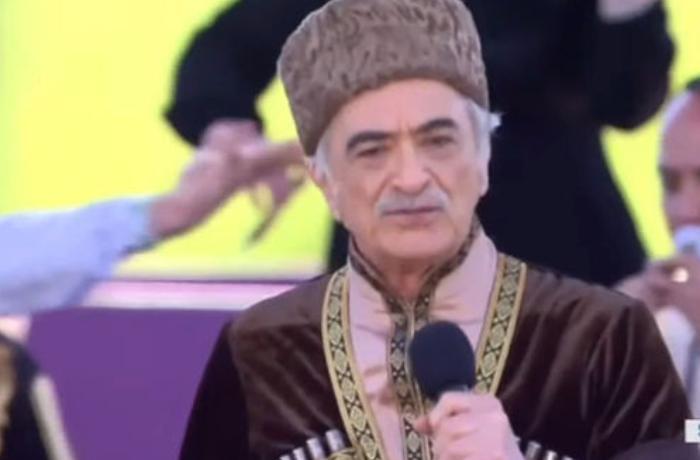 Polad Bülbüloğlu Şuşada mahnı oxudu — VİDEO