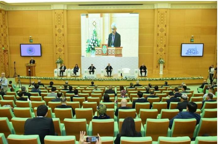 SOCAR prezidenti Türkmənistanın dövlət başçısı ilə görüşdü — FOTOLAR