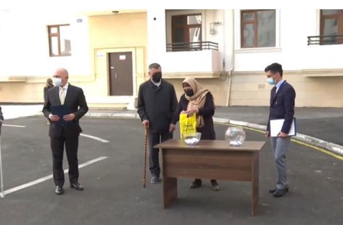 Şəhid ailələrinə və Vətən müharibəsi əlillərinə daha 50 mənzil verildi