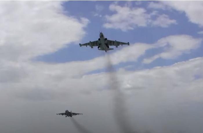 Azərbaycan Hərbi Hava Qüvvələri təlim-məşq uçuşları keçirir — FOTO