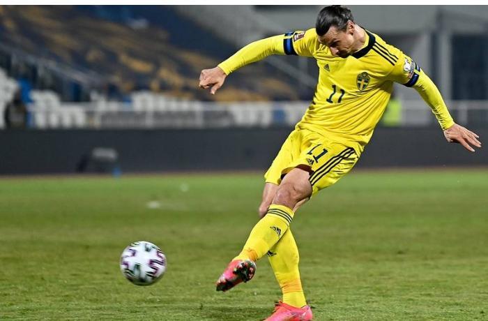 Zlatan İbrahimoviç Avropa çempionatında iştirak edə bilməyəcək
