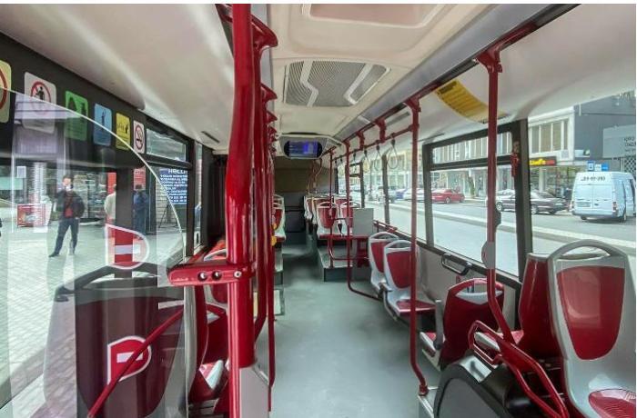 Bakıda iki avtobus qəzaya uğradı: Yaralılar var