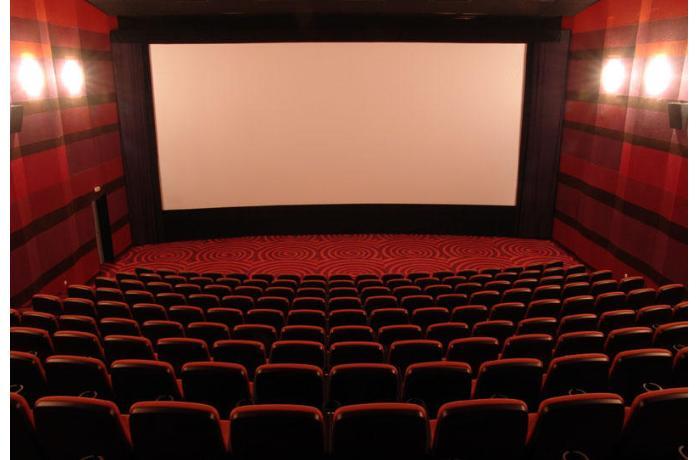 Nazir kinoteatrların açılması ilə bağlı qərara münasibət bildirdi