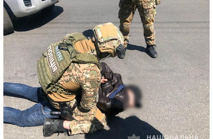 Ukraynada türk iş adamlarına qarşı reketçilik edən azərbaycanlılar belə tutuldu — ƏMƏLİYYATIN VİDEOSU