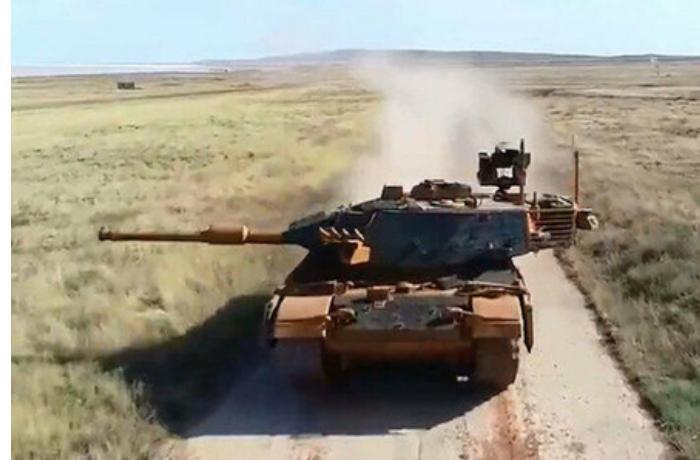 Türkiyə tanklar üçün yeni sistemi sınaqdan keçirdi — VİDEO