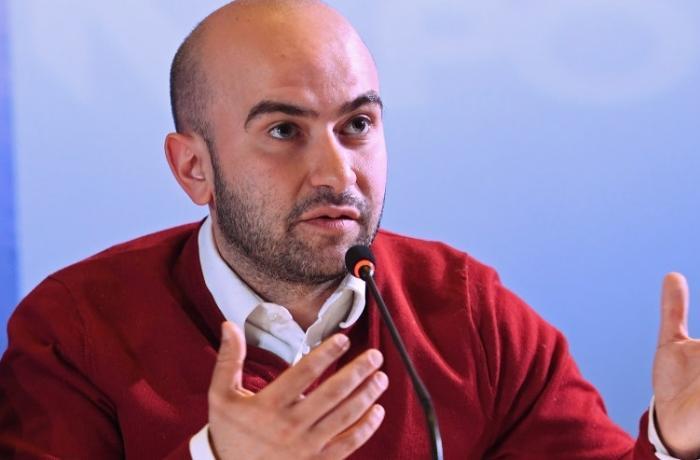 Erməni şərhçi separatçı rejimə yardımlar edib