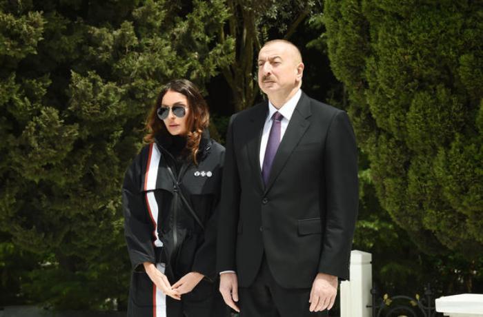 Prezident və xanımı akademik Çingiz Qacarın dəfn mərasiminə əklil göndərdi — FOTO