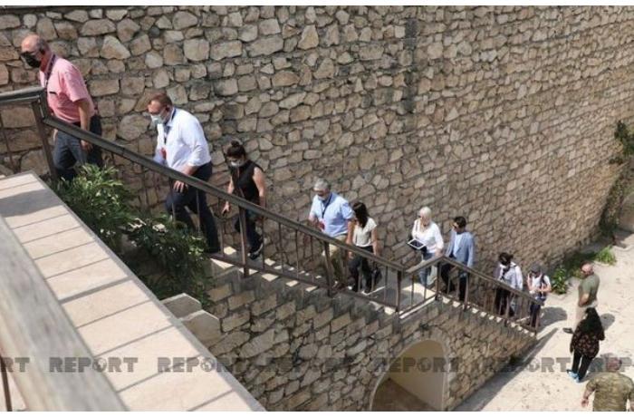 Xarici diplomatlar Şahbulaq qalasında —  FOTO