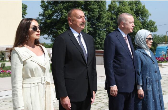 """Azərbaycan və Türkiyə prezidentləri Şuşada """"Xan qızı"""" bulağında oldular"""