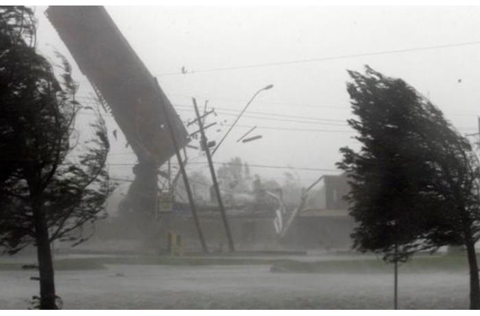 Güclü külək Ağdam və Tərtərin elektrik təchizatında problem yaratdı