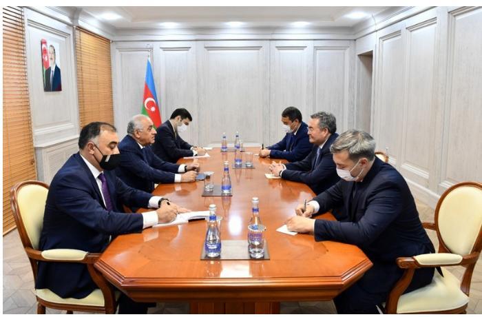 Əli Əsədov Qazaxıstan baş nazirinin müavini ilə görüşdü