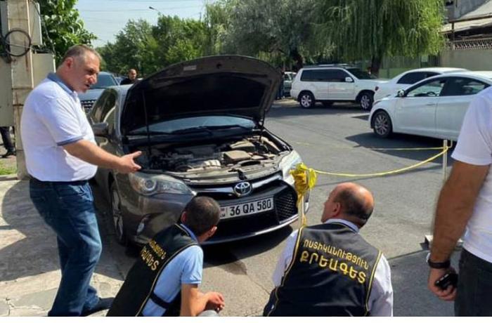 Ermənistanda keçmiş deputatın avtomobili qumbara ilə partladıldı