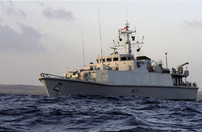 Rusiya Qara dənizdə Britaniya gəmisinə atəş açdı