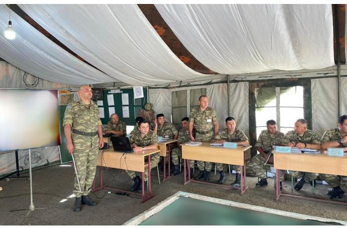 Azərbaycan Ordusunda briqada komanda-qərargah təlimi keçirilir — FOTO