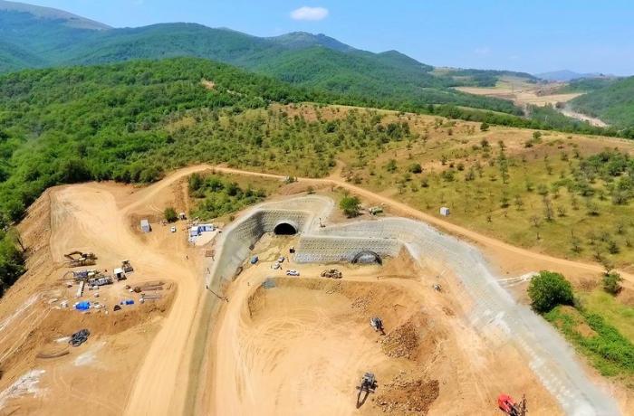Yeni Əhmədbəyli-Füzuli-Şuşa avtomobil yolunda tunellərin inşası başladı — FOTOLAR