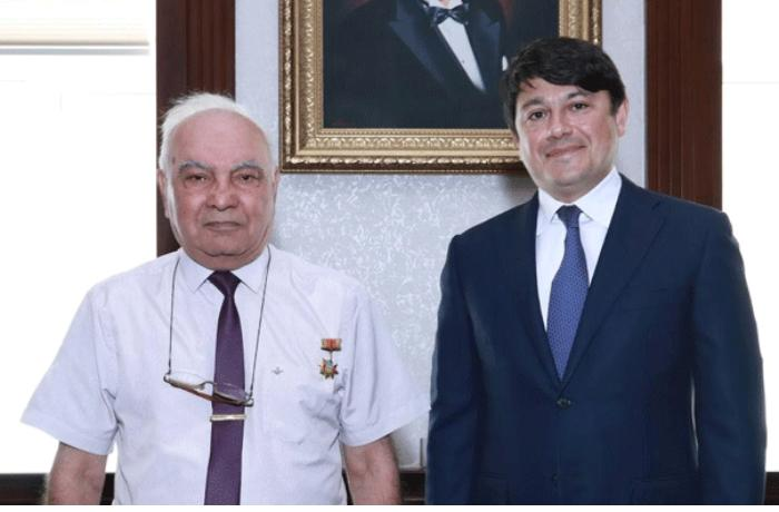 Cavanşir Quliyev Fuad Muradovla görüşdü