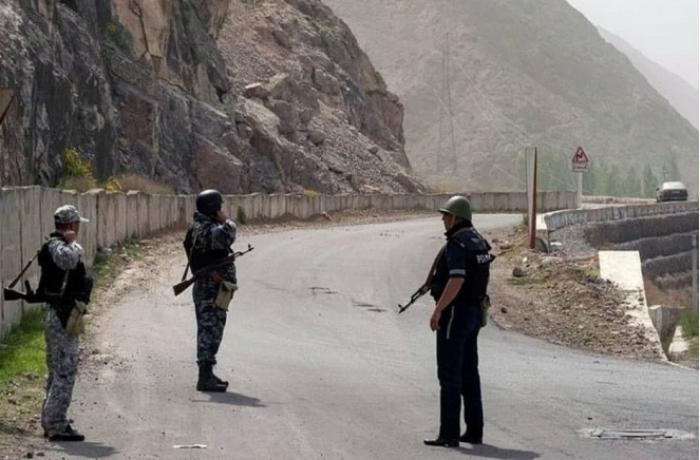Qırğızıstan-Tacikistan sərhədində atışma oldu