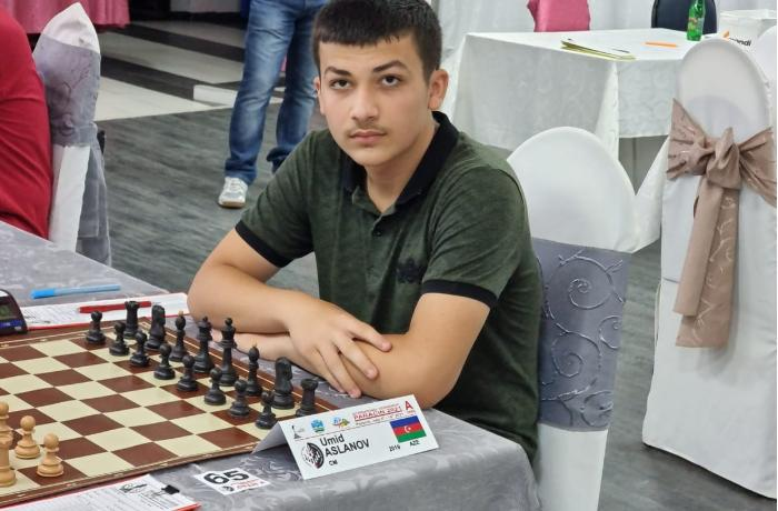 Abşeronlu şahmatçı Serbiyada yüksək nəticələr əldə etdi — FOTOLAR