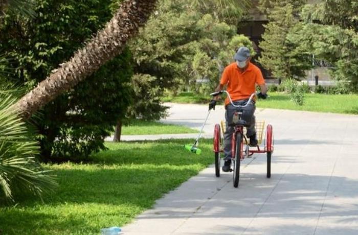 Bakının kommunal xidmətləri yeni velosipedlərlə təmin edildi — FOTOLAR