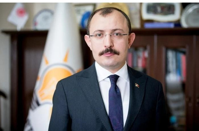 Türkiyənin ticarət naziri Azərbaycana gəldi