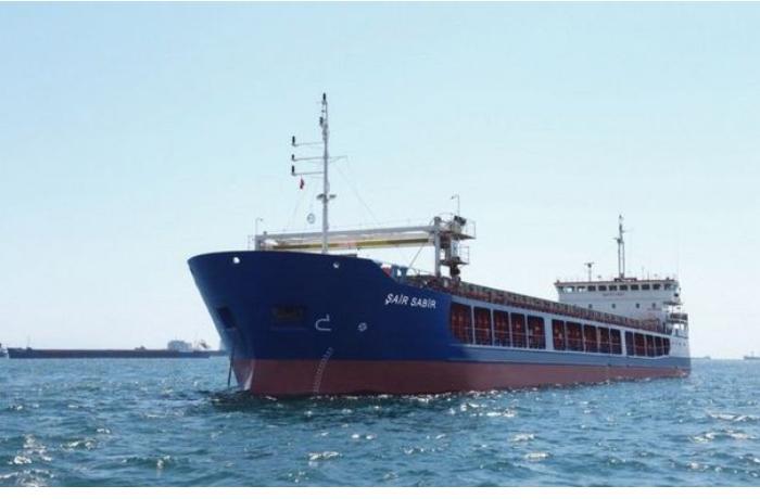 """Əsaslı təmir olunan """"Şair Sabir"""" gəmisi yenidən xarici sulara yola salınıb"""