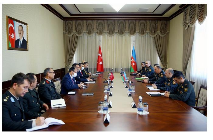 Kərim Vəliyev Türkiyə milli müdafiə nazirinin müavini ilə görüşüb