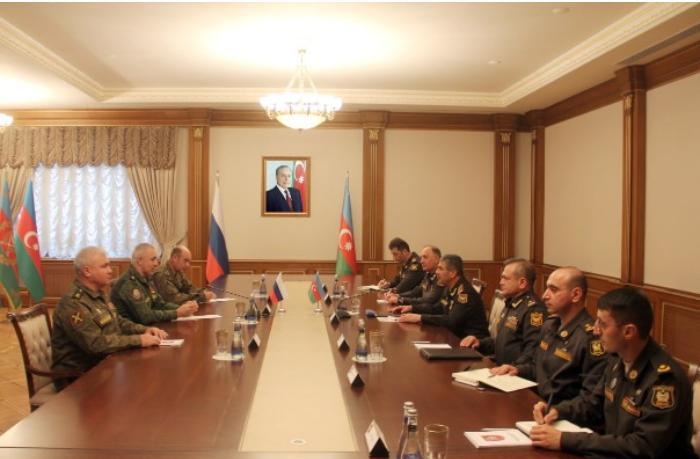 Zakir Həsənov Rusiya sülhməramlılarının yeni komandanı ilə görüşdü