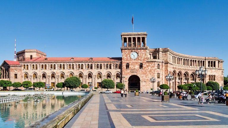 Ermənistanda daha bir yüksək  vəzifəli şəxs istefa verdi