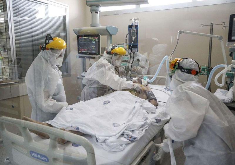 Türkiyədə koronavirusdan ölənlərin sayı yenidən artdı