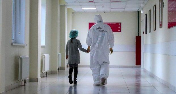 COVID-19 uşaqlar üçün təhlükəli olmağa başlayıb?     — Baş infeksionist ilə MÜSAHİBƏ